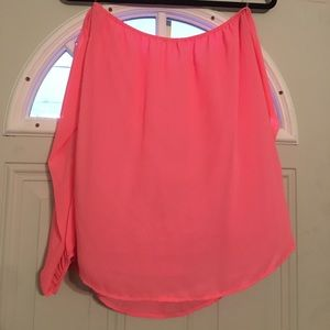 Tops - Off the shoulders blouse